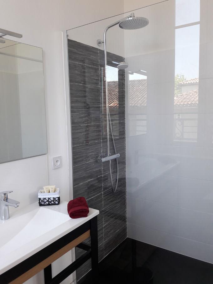 douche chambre hôtes
