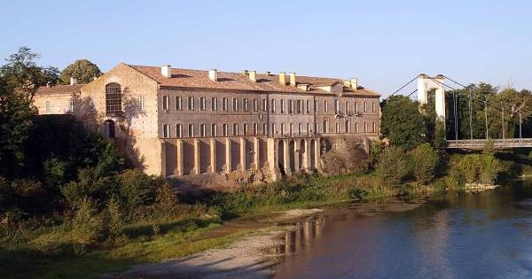 Belleperche Abbey located along the Garonne river and its museum of table arts